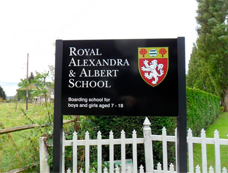 Royal Alexandra & Albert School | 8-17*